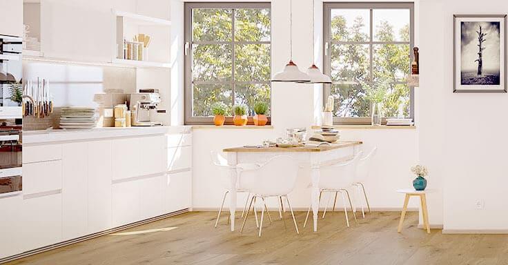 weiße Küche mit Esstisch
